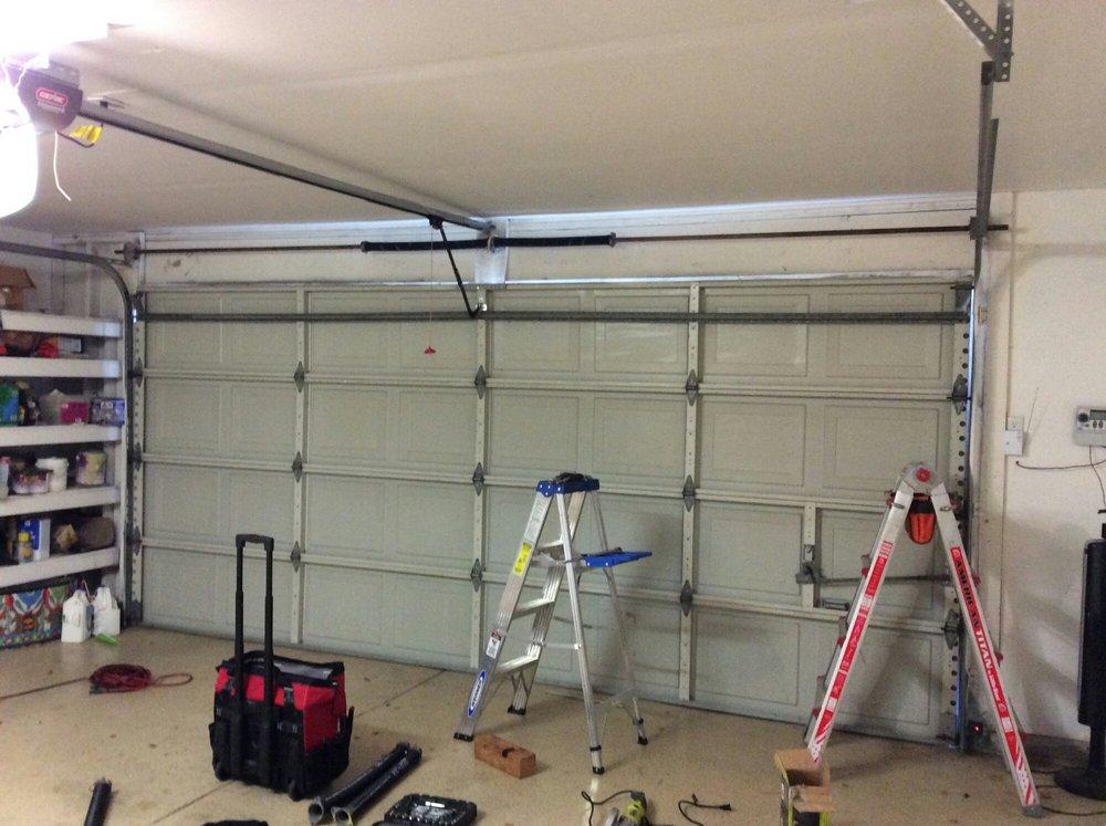 What Material Should I Pick for Garage Door?